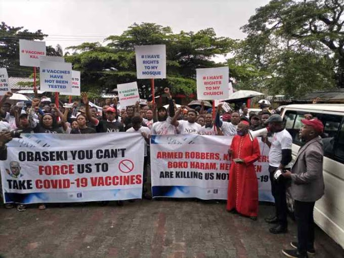 Protest In Edo Against Obaseki's Compulsory COVID-19 Vaccination