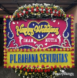 Karangan bunga happy wedding - pasarbunga.co.id
