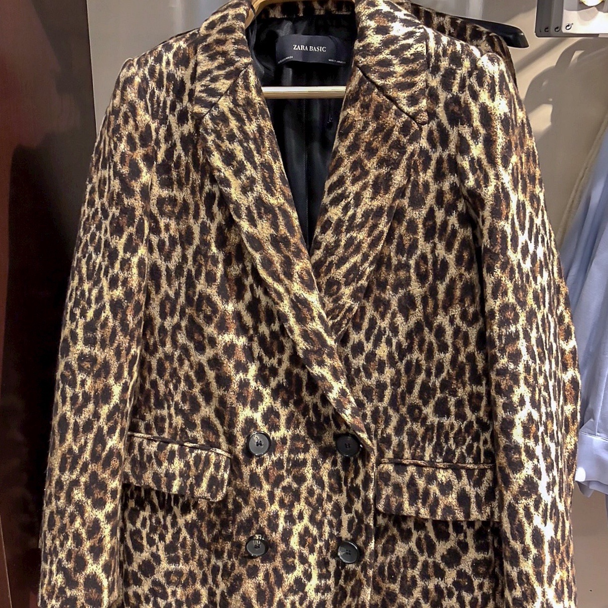 my midlife fashion, zara leopard print jacquard coat