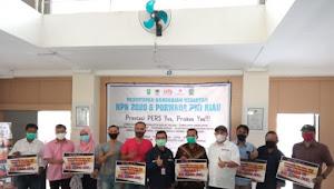 PWI Riau Serahkan Sepeda Motor dan Uang Jutaan Rupiah di Acara Penutupan HPN 2020