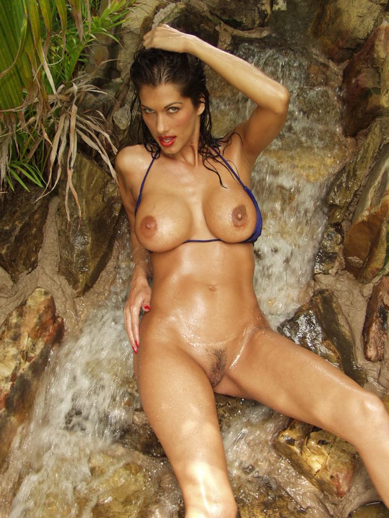 Apologise, Christina leardini nude videos