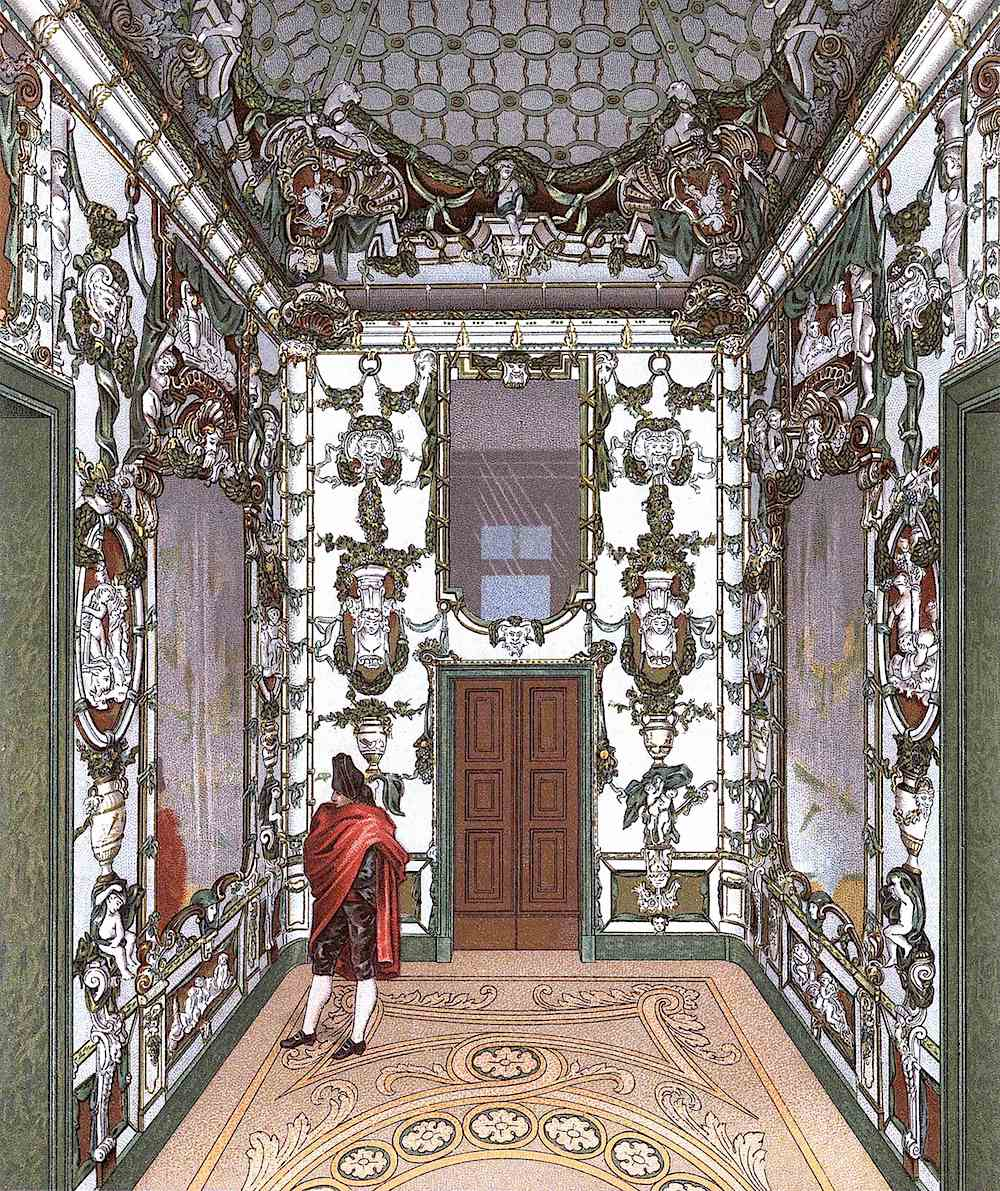 1700s Spain: opposite mirrors create a visual infinity