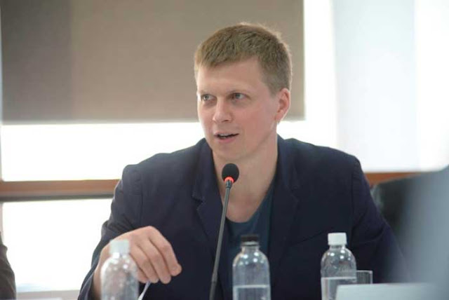 Алексей Мушак предлагает вообще отменить пенсии: Пусть их дети поддерживают деньгами. Вы согласны?