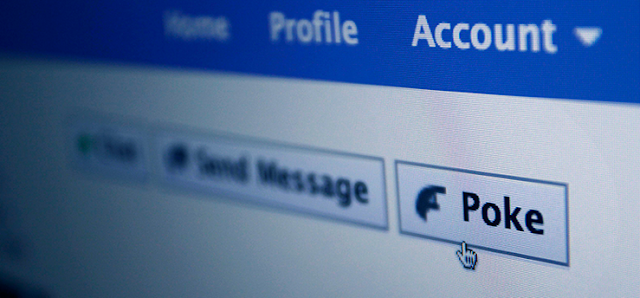 What to do when someone pokes you on Facebook - See who poked you!