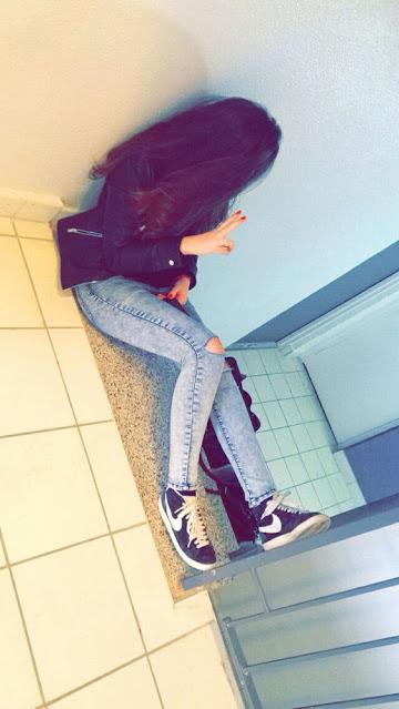 girl sitting on flour wallpaper download