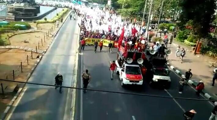 Geruduk Istana, Petani: Sudah Cukup Dibohongi Jokowi di Periode Pertama
