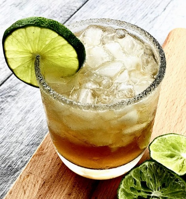 Sweet Tea Margaritas #freshdrink #summer
