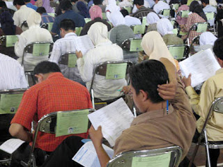 http://jobsinpt.blogspot.com/2012/04/pemerintah-tetapkan-kuota-cpns-2012.html