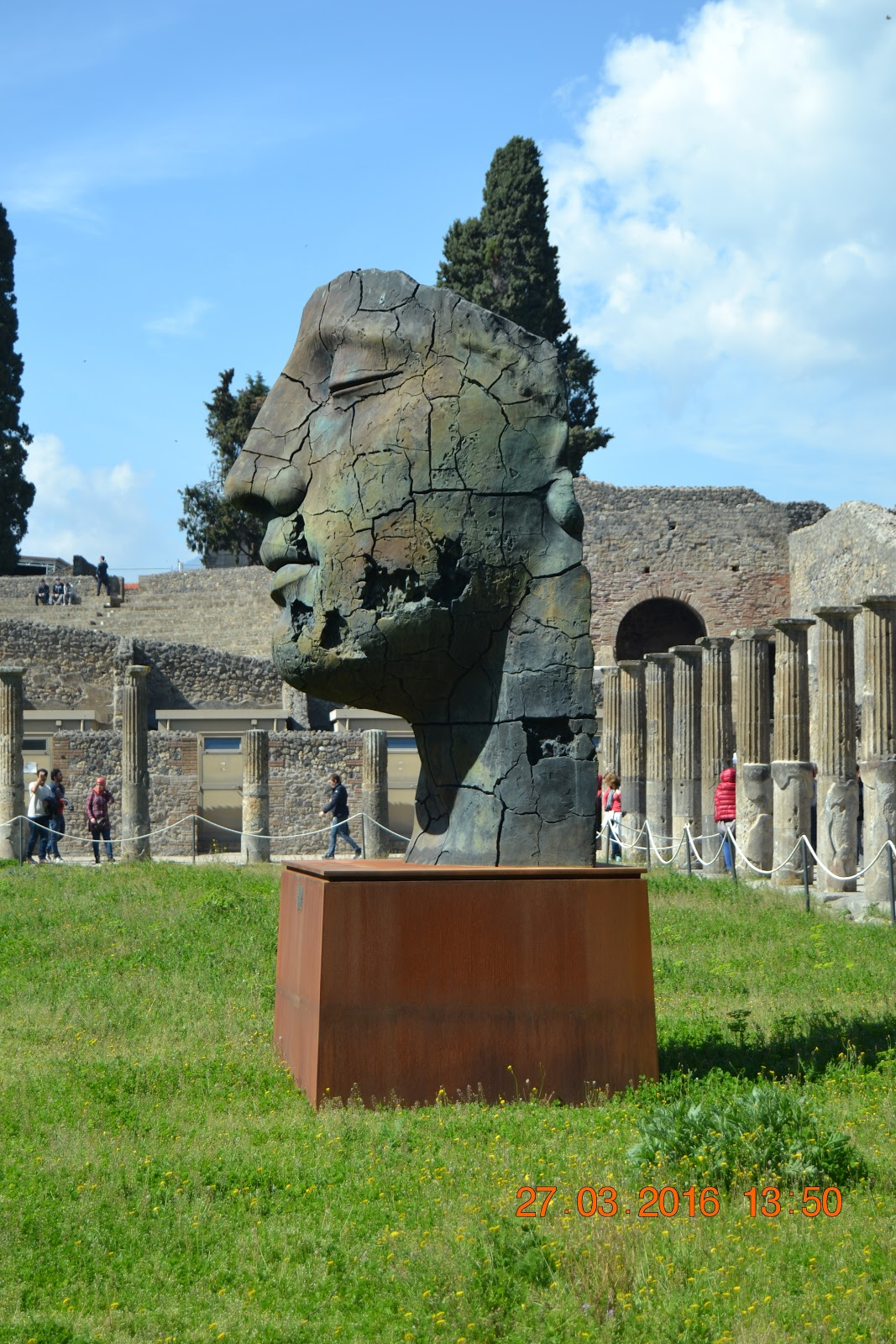 Contemporary Arts placed in the Pompeii Forum