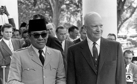 Kisah Bung Karno Dan Dwight D. Eisenhower