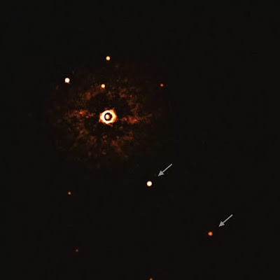 Estrela-TYC 8998-760-1-e-dois-exoplanetas-gigantes