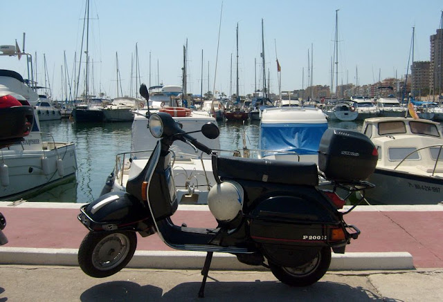 Fuengirola Hiszpania jachty i motory