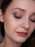 http://meggnow.blogspot.com/2016/03/makijaz-makeup-revolution-iconic-3.html