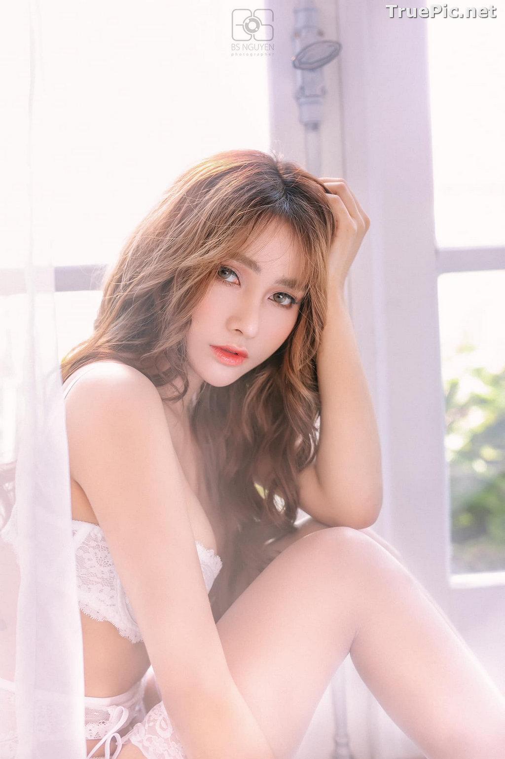 Image Vietnamese Model - Nguyen Thi Phi Yen - Beautiful Sexy White Lingerie - TruePic.net - Picture-3