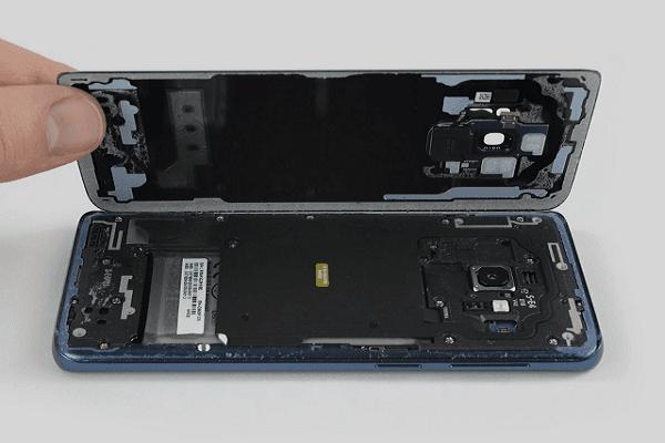 تعرف على أصعب هاتف يمكن إصلاحه من سامسونج وكيفية إصلاحه