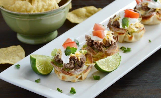 Easy Taco Salad Cups #appetizers #fingerfood