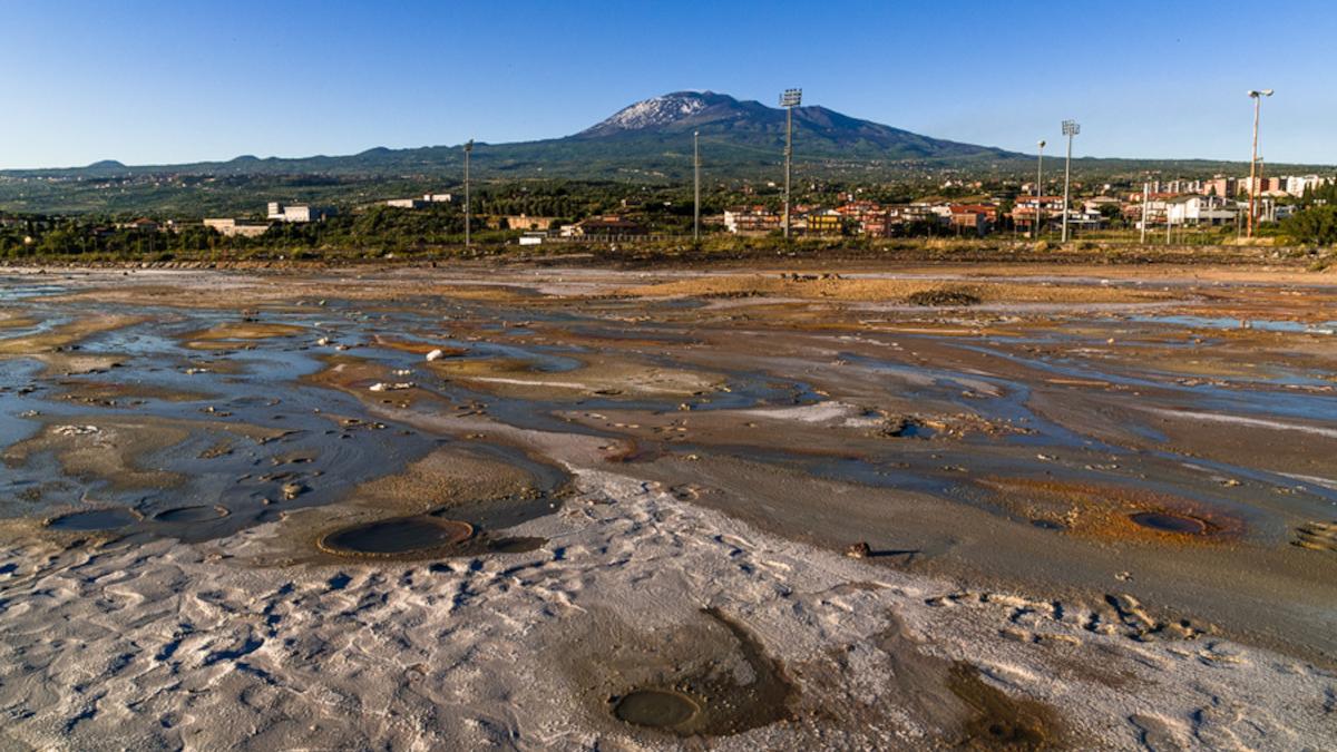 Salinelle di Paternò Belpasso Simeto Etna