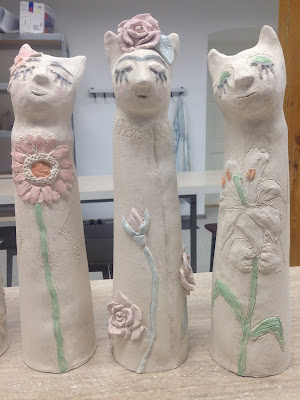 frida kahlo cat raku ceramic roses #cat #ceramic #fridakahlo #lily #gerbera