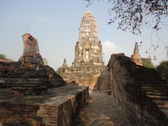 Wat Ratchaburana, temple Thaïlande, Ayutthaya, location vélo, guesthouse