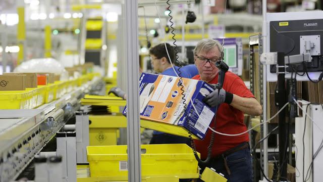 Amazon A To Z Employee 2