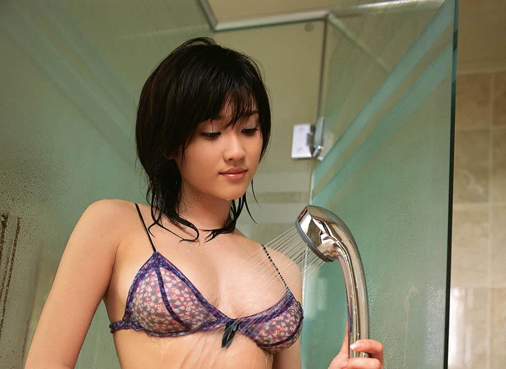 mikie hara sexy bikii pics 04