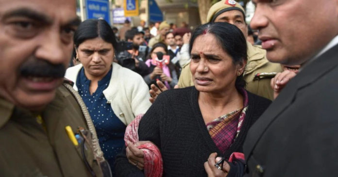 Do I have no rights ?: Nirbhaya's mother burst into tears,www.thekeralatimes.com