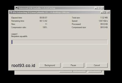 Sedang memproses dan menambahkan installer linux ubuntu ke flashdisk