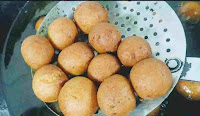 Drained gulab jamun to remove any excess oil