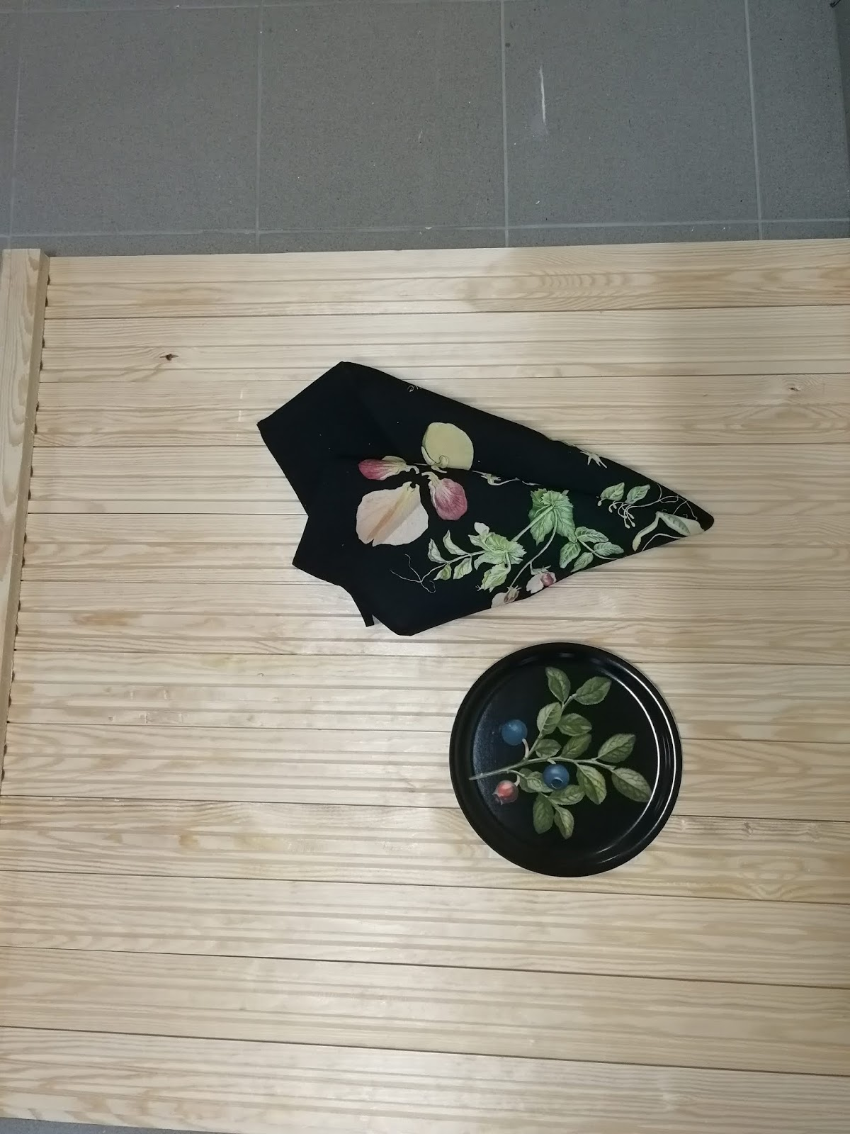 flatlay pyyhe tarjotin