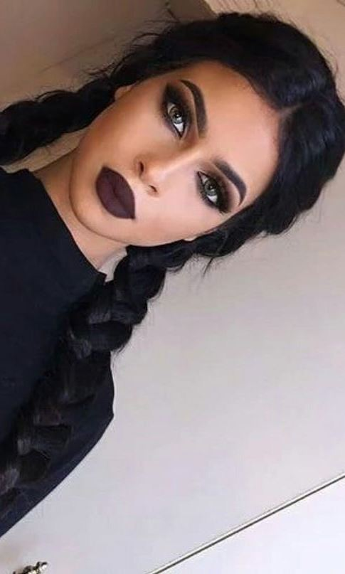 beauty dark makeup idea