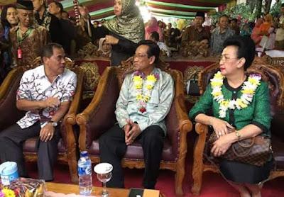 Sultan Hamengkubuwono X Buka Gebyar Ketupat Jaton