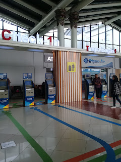 mesin check in mandiri di terminal 1
