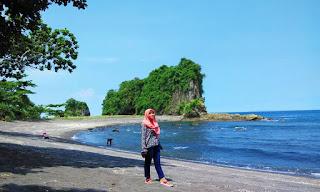 Harga Tiket Masuk Pantai Licin di Kabupaten Malang Terbaru 2017
