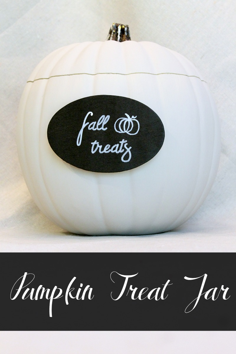 Fake pumpkin craft ideas- pumpkin treat jar!