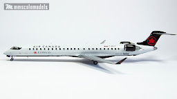 Bombardier CRJ-900 1/144 plastic scale model - Big Plane Kits - Air Canada