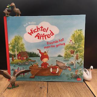 """""""Wichtel Alfred - Freunde hat man nie genug"""" von Outi Kaden, cbj, Rezension auf Kinderbuchblog Familienbücherei"""