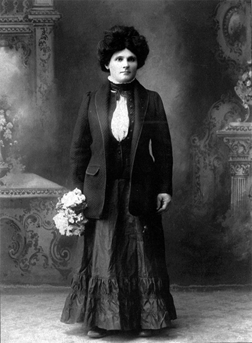 There were some unusual people who worked in the mines. One in particular was an Italian miner named Riela, who would work all day in the mines, go home and dress up as a woman before coming back to the taverns for a night of fun. There were no details about what kind of fun she had in mind, but Roslyn (WA) was a wild mining town in the late 1800s and most likely, she found whatever fun she was looking for.