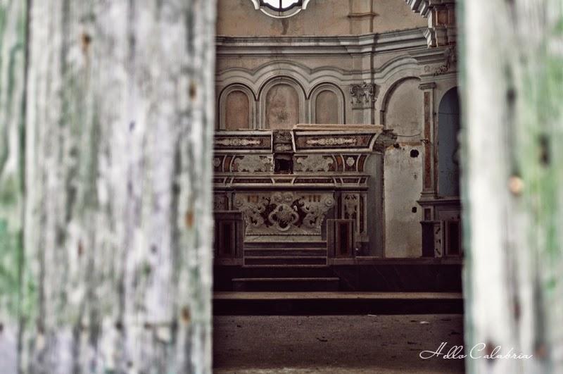 Kościół, miasto widmo