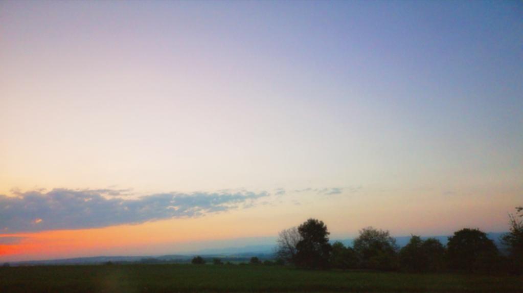 Huawai P20 – Sonnenaufgang auf den Fildern mit Schwäbische Alb im Hintergrund