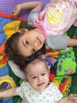 Life With Baby At Six Months Old - Baby And Big Sister