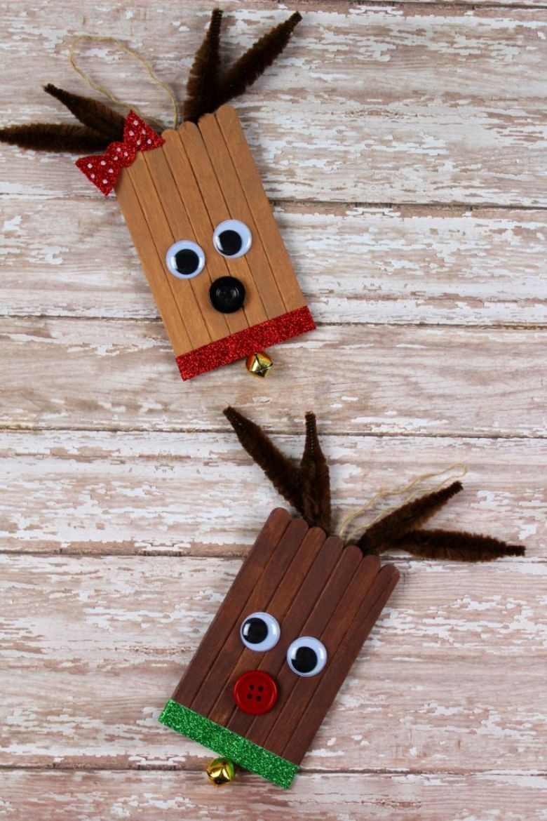 Popsicle stick reindeer craft for toddlers and preschoolers