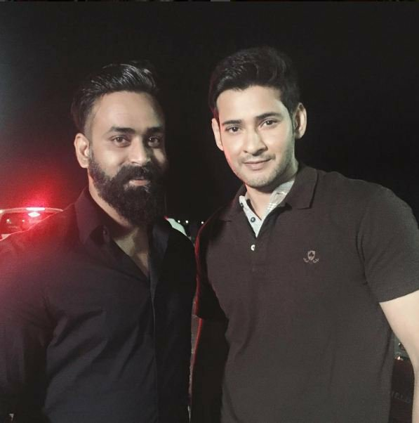 Mahesh babu With Fans