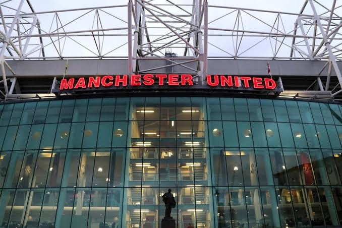 Hacker demands millions of pounds after hacking Manchester United system