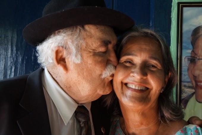 INGÁ: Festão em comemoração aos 50 anos de casados do amigo Walter Mario Gois da Luz e Lia Viana da Luz.