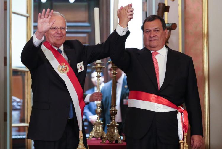Juramentó Nuevo Ministro de Defensa Jorge Nieto Montesinos - www.mindef.gob.pe
