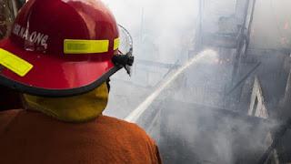 Kasus Pembakaran Gedung Kejagung Belum Selesai, Giliran Gedung Kemensos Kebakaran