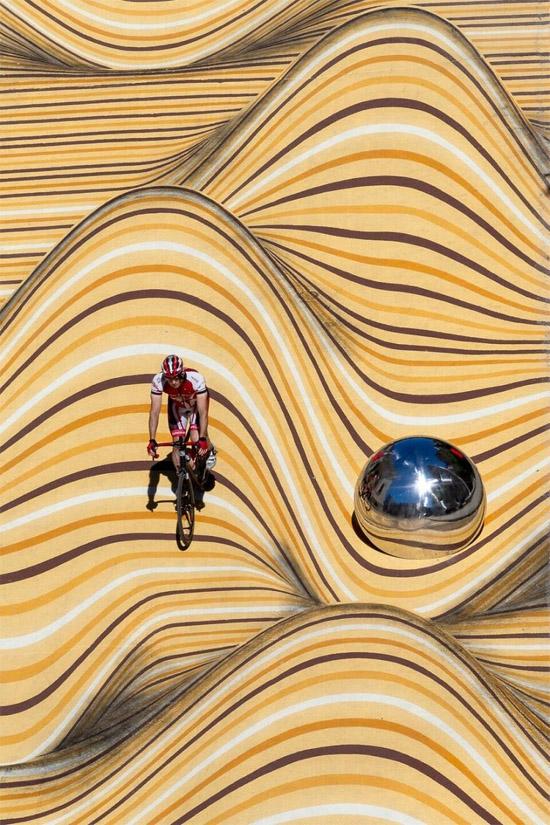 Ilusão de Ótica faz rua virar dunas de areia no Canadá - Img 2