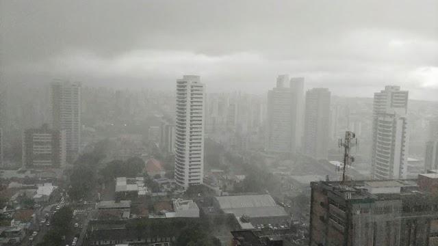 Inmet emite alerta de perigo de chuva intensa em 19 cidades do RN; veja lista