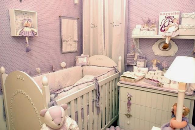 dormitorio bebé lila blanco