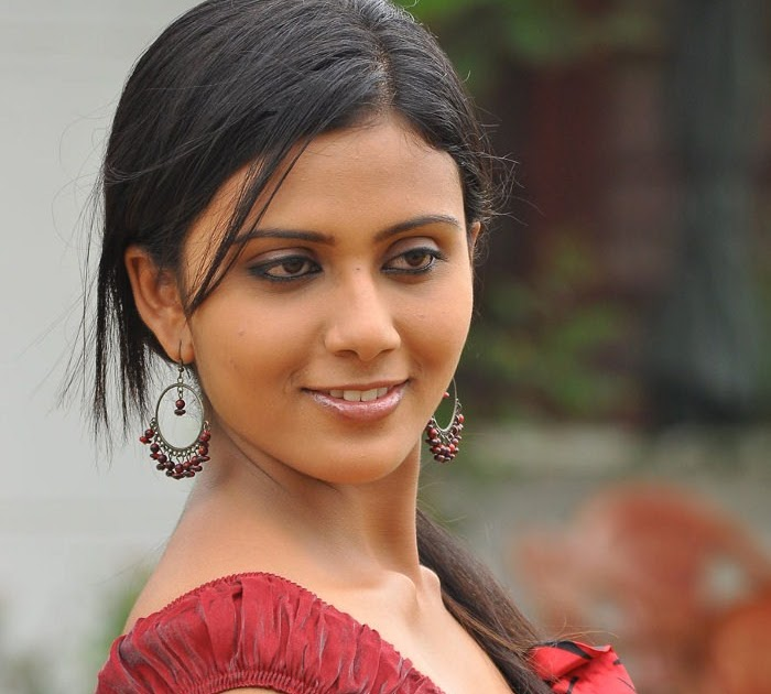 Murattu Kaalai Movie Latest Stills: Latest Movies Gallery: LAILA MAJNU TAMIL MOVIE STILLS